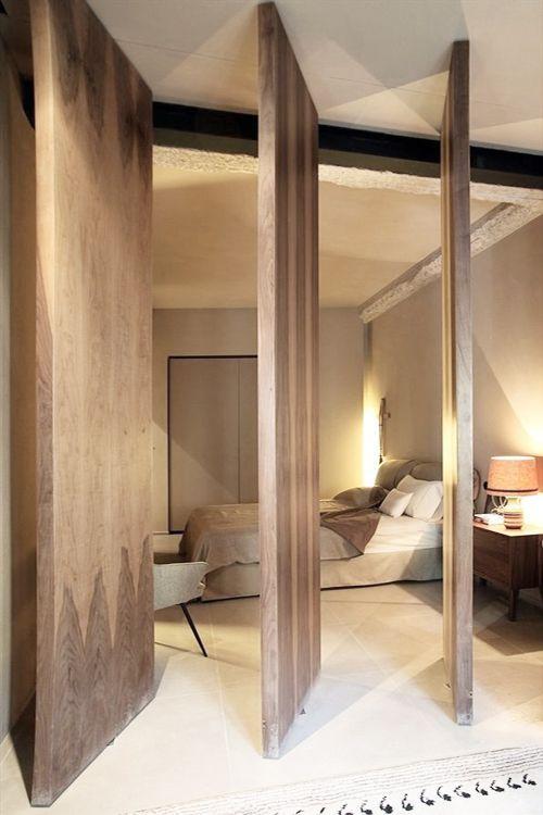 Cloison-Pivotante-Bois-Lafemmedubucheron | La Femme Du Bucheron