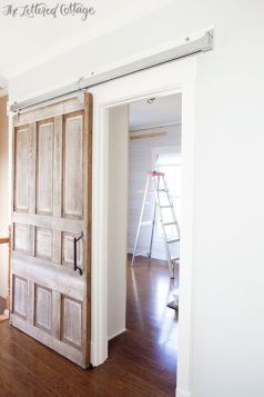 porte-coulissante-classique-bois-lafemmedubucheron